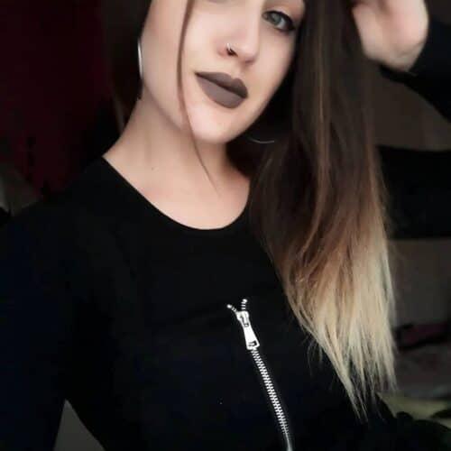 Goth tjej söker man för avsugning i Jönköping