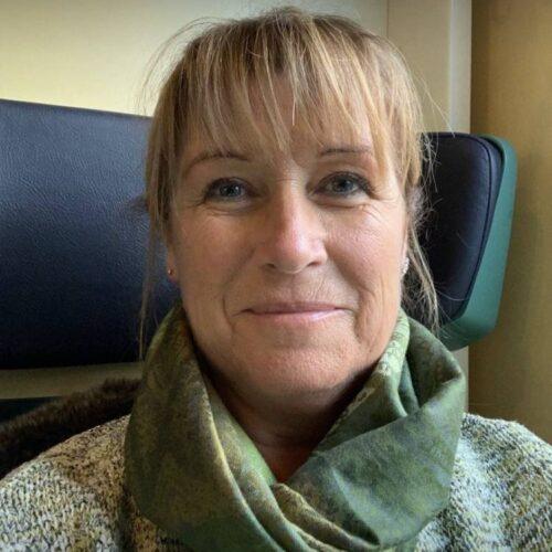 Äldre svensk dam söker sexkontakt i Skåne